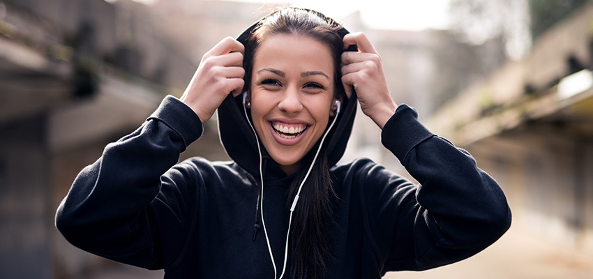 Sporten met muziek, play or pause?